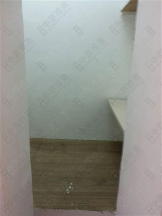 單位內部 - 工人房