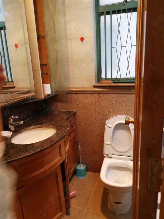 单位内部 - 洗手间